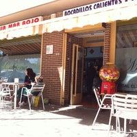 Photo taken at Cafetería Mar Rojo by Santiago G. on 4/21/2013