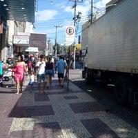 Foto tirada no(a) Shopping Polo 1 por Leandro B. em 4/6/2013