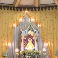 Das Foto wurde bei National Shrine of Our Lady of the Holy Rosary of La Naval de Manila (Sto. Domingo Church) von Chriz F. am 10/7/2012 aufgenommen