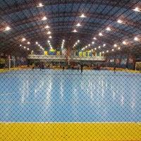 Photo taken at Gool Futsal Mangga Dua by Yamyudh on 2/22/2013