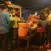 Photo taken at Nasi Goreng Babi Papilon by Sely C. on 1/8/2014