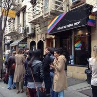 Das Foto wurde bei Big Gay Ice Cream Shop von Dale T. am 4/7/2013 aufgenommen