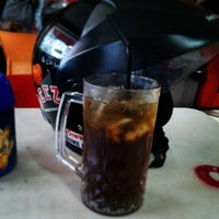 Photo taken at Mie Reman by Firly N. on 5/13/2014