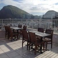 Das Foto wurde bei Everest Rio Hotel von Rute C. am 2/27/2013 aufgenommen
