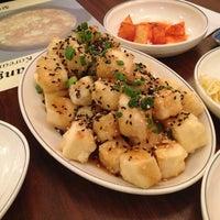 Das Foto wurde bei Chodang Soon Tofu von Kaori F. am 12/9/2013 aufgenommen