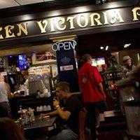 Foto tomada en Queen Victoria Pub por Gunh@n T. el 8/9/2013