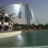9/28/2012 tarihinde May ♍.ziyaretçi tarafından Jumeirah Beach Hotel'de çekilen fotoğraf