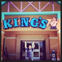 Photo taken at King's Restaurant by TIP TOP M. on 4/22/2015