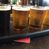Photo taken at Harpoon Tap Room by Julia P. on 8/19/2017