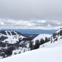 Photo taken at Alpine Meadows Lodge by Lindsey on 3/5/2013