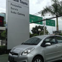 Photo taken at Plaza Toyota Tendean by Adelaide E. on 7/25/2013