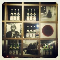 Photo taken at Sushi Itto by Kike on 10/8/2012