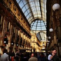 Foto scattata a Galleria Vittorio Emanuele II da Alejandro Q. il 10/20/2012