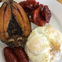 Photo taken at Mariam's Fil-Am Cuisine by Glenn F. on 1/25/2014