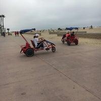 Photo taken at Huntington Beach Bike Trail & Boardwalk by Kristin R. on 6/22/2017