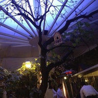 Foto tirada no(a) Trilye Restaurant por Ipek G. em 10/11/2012