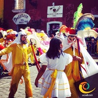 Photo taken at EXTRA Tlaxcala Centro by Ulises G. on 3/20/2014
