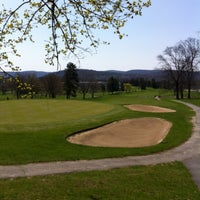 Photo taken at Traditions At The Glen Resort & Hotel by Tony S. on 4/27/2013