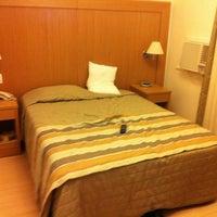 Foto tirada no(a) Real Palace Hotel por Eduardo C. em 9/17/2012