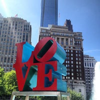 5/6/2013 tarihinde Arnaud C.ziyaretçi tarafından JFK Plaza / Love Park'de çekilen fotoğraf