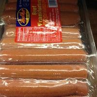 12/22/2012 tarihinde Beth R.ziyaretçi tarafından Riccardo's Market'de çekilen fotoğraf