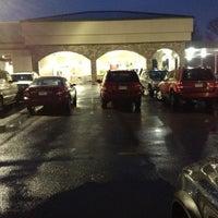 12/10/2012 tarihinde Beth R.ziyaretçi tarafından Riccardo's Market'de çekilen fotoğraf