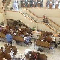 5/27/2013 tarihinde Özgür T.ziyaretçi tarafından Aptullah Kuran Kütüphanesi'de çekilen fotoğraf