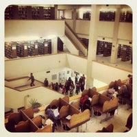 1/2/2013 tarihinde Özgür T.ziyaretçi tarafından Aptullah Kuran Kütüphanesi'de çekilen fotoğraf