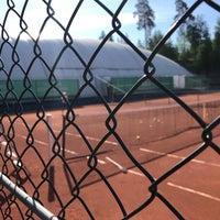 Photo taken at Nesøya tennis by Per Olav A. on 5/19/2018