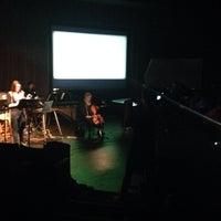 4/3/2014 tarihinde Nico D.ziyaretçi tarafından Dorothy Betts Marvin Theatre'de çekilen fotoğraf
