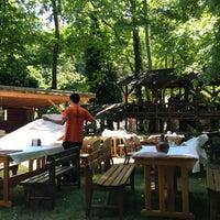 Das Foto wurde bei Yazıcılar Otel & Restaurant von SONER Y. am 5/26/2013 aufgenommen