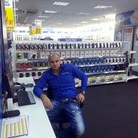 Photo taken at Electroworld İzmit by Emrah Taşkan on 12/5/2013