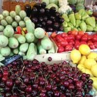 7/18/2013 tarihinde Ann V.ziyaretçi tarafından Danilovsky Market'de çekilen fotoğraf