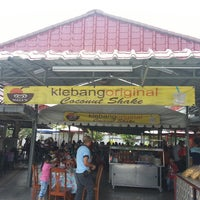 Photo taken at Klebang Original Coconut Milk Shake by SH L. on 3/10/2013