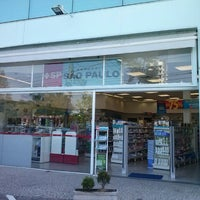 Photo taken at Drogaria São Paulo by Lays A. on 5/1/2013
