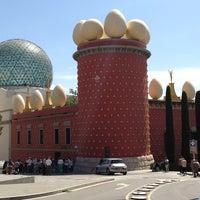 Photo taken at Teatre-Museu Salvador Dalí by Tsuyoshi N. on 5/2/2013