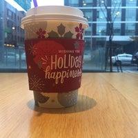Photo taken at Starbucks by Shumbaashka ^. on 11/18/2015