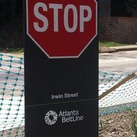 Das Foto wurde bei Atlanta BeltLine Corridor at Irwin St. von Stacy F. am 5/27/2013 aufgenommen