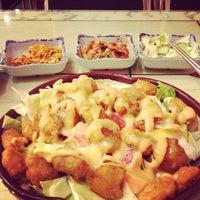 Photo taken at 幸福的紫菜包饭(软件园店) by Tatti O. on 9/29/2012