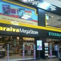 2/16/2013에 Suellen F.님이 Saraiva MegaStore에서 찍은 사진