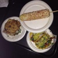 Foto scattata a Taco y Taco Mexican Eatery da Natasha S. il 6/13/2014