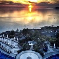 รูปภาพถ่ายที่ Utopia World Hotel โดย * Ruslan 📀 N. เมื่อ 7/8/2013