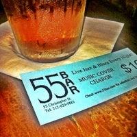 Das Foto wurde bei 55 Bar von Stanley S. am 10/21/2012 aufgenommen