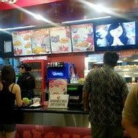 Photo taken at KFC by Xarah A. on 7/6/2013