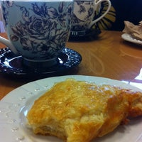 Photo taken at Ma Boulangerie by Jessie D. on 4/6/2014