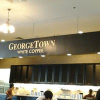 Photo taken at Georgetown White Coffee by Nik A. on 1/27/2013