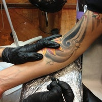 Photo taken at Ink Your Skin by Alvaro Q. on 11/24/2012