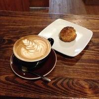 Foto tomada en Cafe Grumpy por Martin B. el 12/2/2012