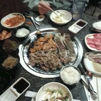 11/13/2012 tarihinde Sammi S.ziyaretçi tarafından Manna BBQ'de çekilen fotoğraf