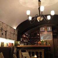 Foto scattata a Salotto 42 da Francesco B. il 1/10/2013